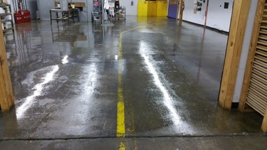 Floor Cleaning services in Warehouse