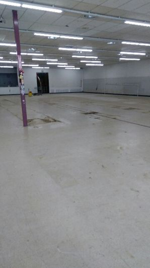Before & After Commercial Floor Cleaning in (3)